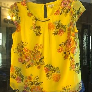 Lily White Yellow Short Sleeve Colorful Top